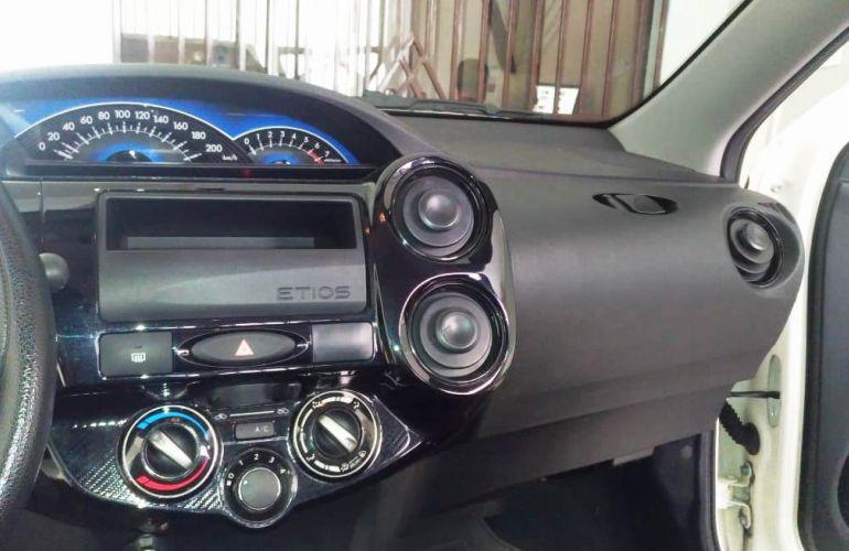 Toyota Etios X 1.3 (Flex) - Foto #1