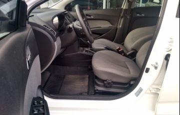 Hyundai HB20S 1.6 Comfort Plus (Aut) - Foto #9