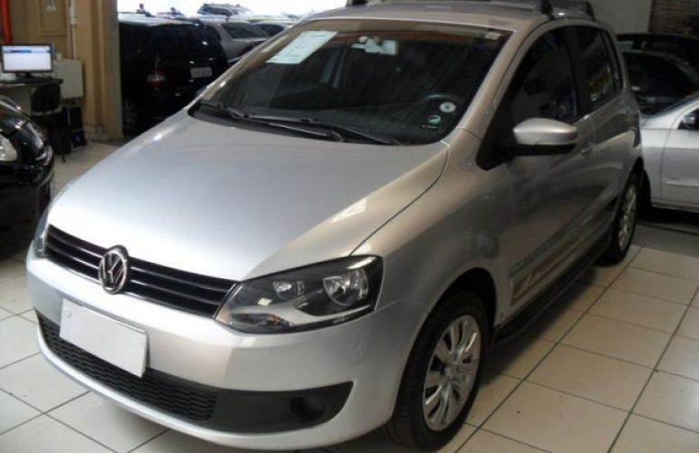 Volkswagen Fox 1.0 Mi 8V Total Flex - Foto #2