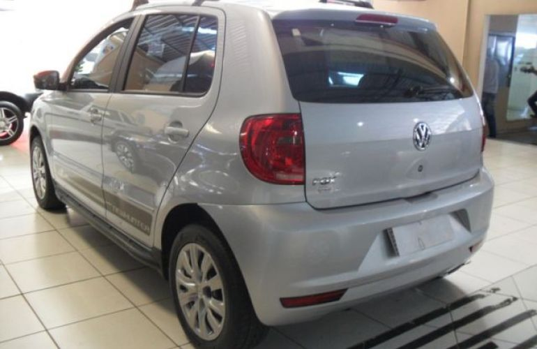 Volkswagen Fox 1.0 Mi 8V Total Flex - Foto #8