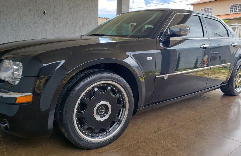 Chrysler 300C 3.5 V6 - Foto #1