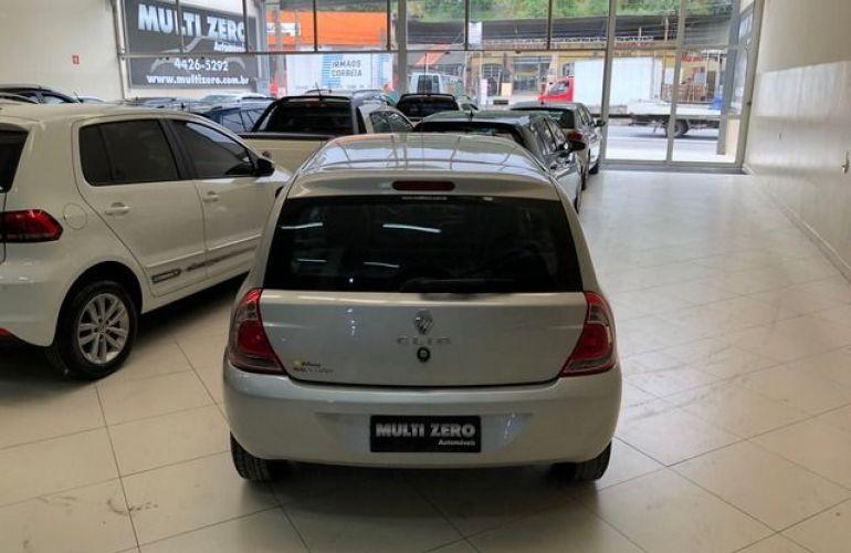 Renault Clio Expression 1.0 16V Hi-Flex - Foto #7