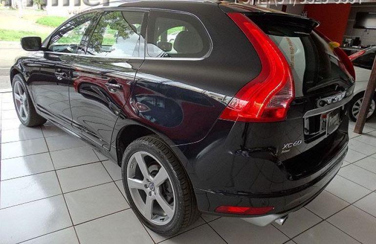 Volvo XC60 R-Design 2.0 T5 Turbo - Foto #3