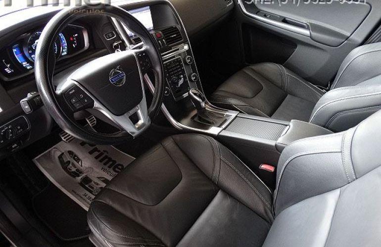 Volvo XC60 R-Design 2.0 T5 Turbo - Foto #5