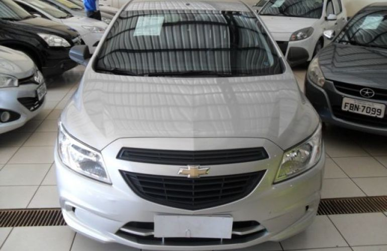 Chevrolet Onix LS 1.0 MPFI 8V - Foto #1