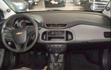 Chevrolet Onix LS 1.0 MPFI 8V - Foto #6