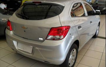 Chevrolet Onix LS 1.0 MPFI 8V - Foto #9
