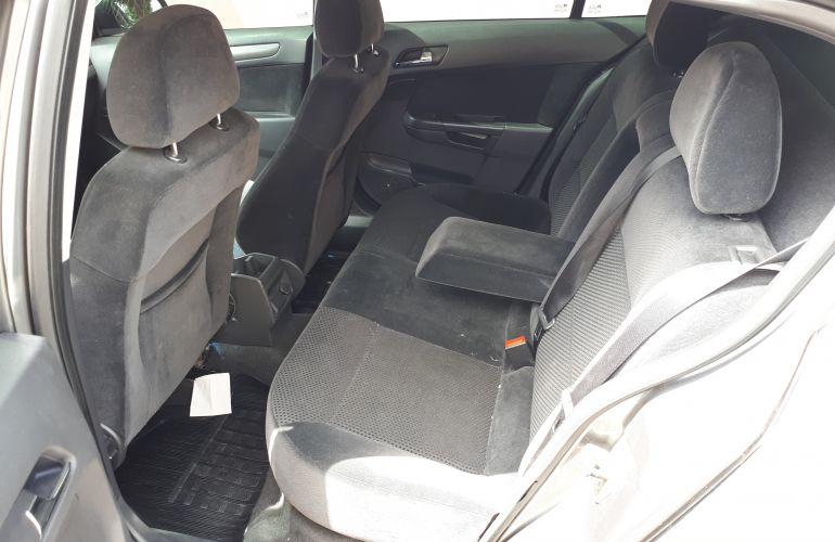Chevrolet Vectra GT 2.0 8V (Flex) - Foto #2