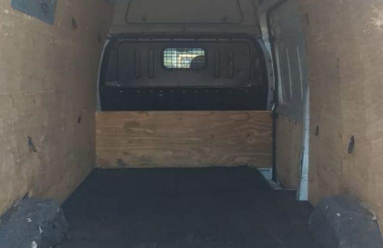 Ford Transit Furgão Longo 2.4 Turbo - Foto #4