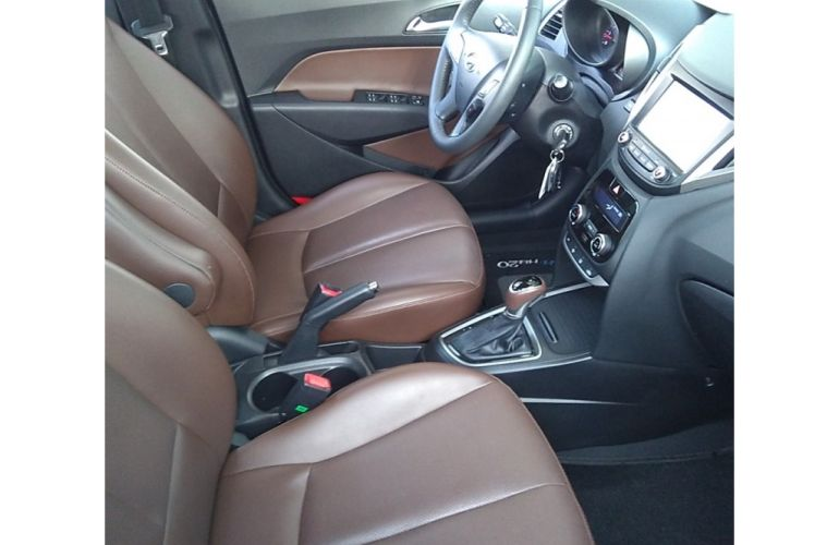 Hyundai HB20 1.6 Premium (Aut) - Foto #1