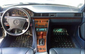 Mercedes-Benz 300 E 3.0 6c 24V - Foto #3