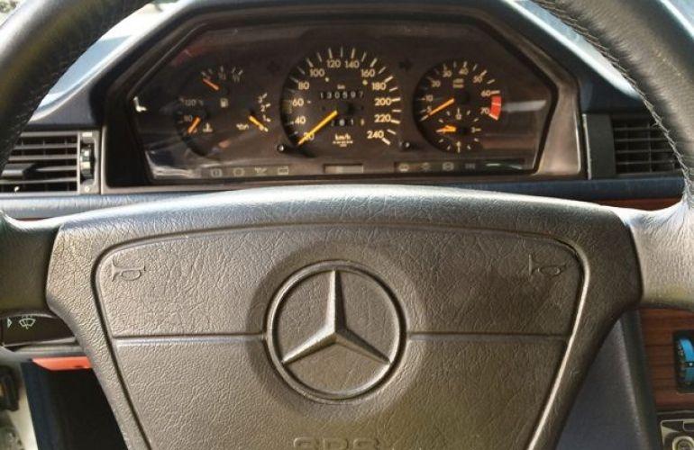 Mercedes-Benz 300 E 3.0 6c 24V - Foto #5