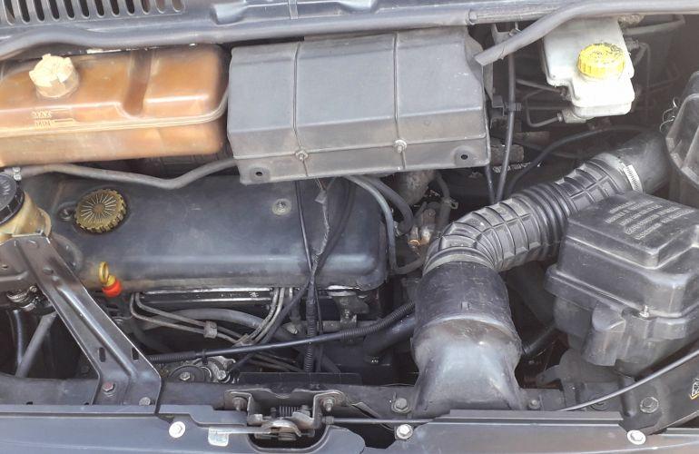 Peugeot Boxer Furgão 2.8 HDI Longo Teto Elevado - Foto #3