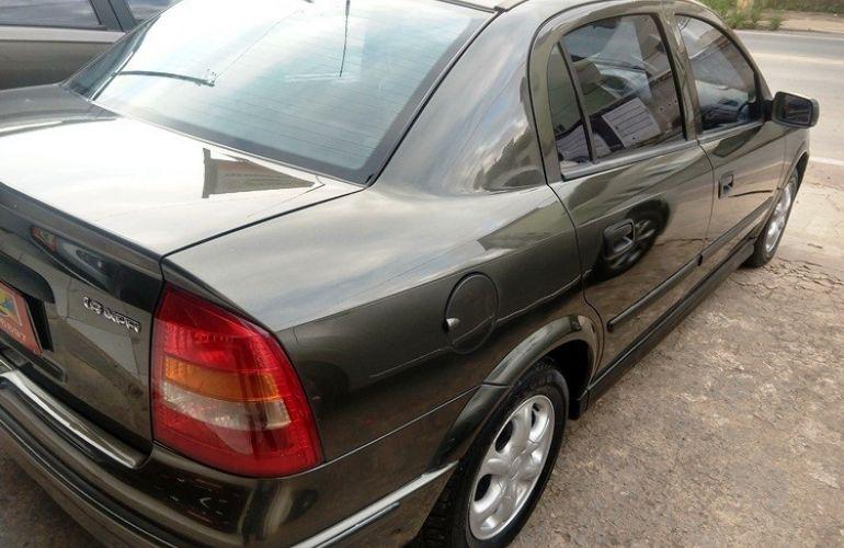 Chevrolet Astra Sedan GL 1.8 MPFi - Foto #4