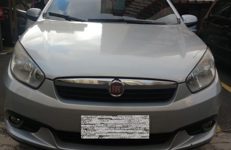 Fiat Grand Siena Attractive 1.4 8V (Flex) - Foto #8