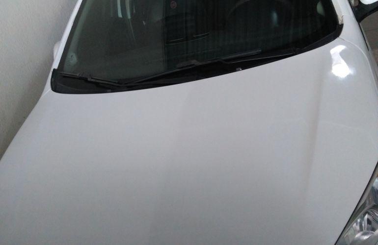 Fiat Grand Siena Tetrafuel 1.4 8V - Foto #2