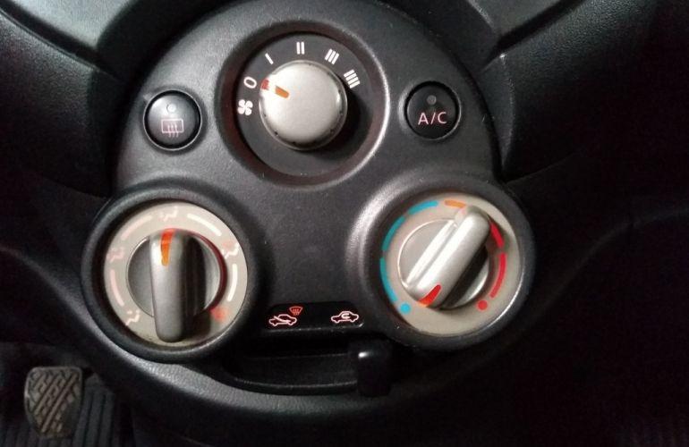 Nissan March 1.0 12V S (Flex) - Foto #8