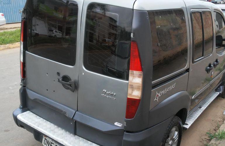 Fiat Doblò Adventure 1.8 8V - Foto #6