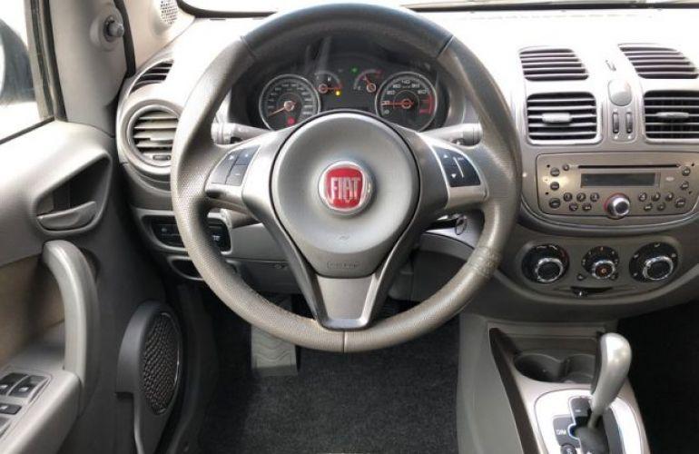 Fiat Grand Siena. Essence Dualogic 1.6 16V Flex - Foto #6