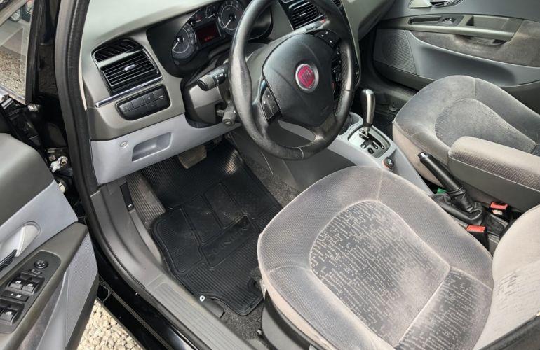 Fiat Linea HLX 1.9 16V Dualogic (Flex) - Foto #8