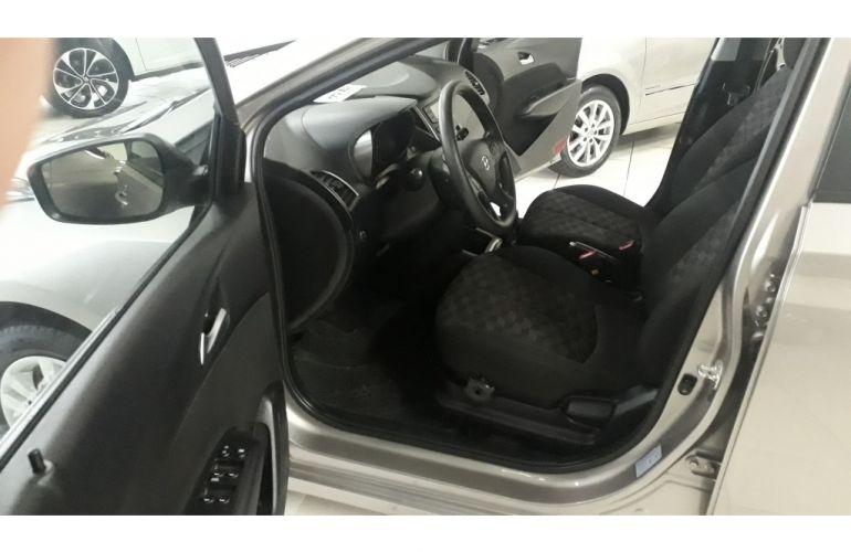 Hyundai HB20 1.6 Comfort Plus - Foto #3