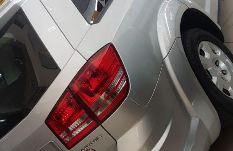 Dodge Journey SE 2.7 V6 24V - Foto #4
