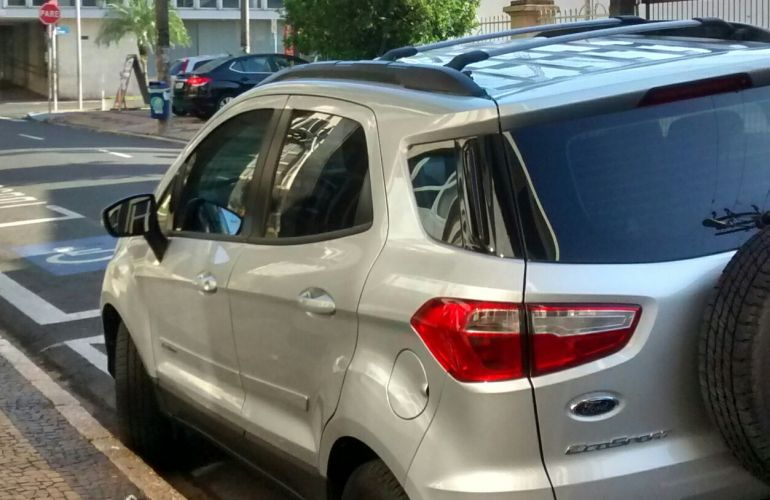 Ford Ecosport SE 1.6 16V PowerShift (Flex) - Foto #3