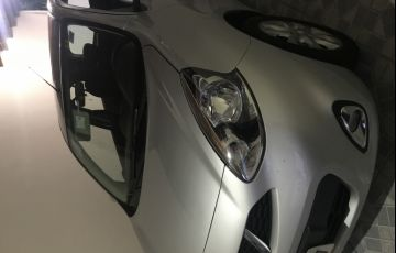 Nissan March 1.0 12V SV (Flex) - Foto #4