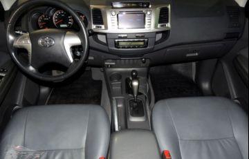 Toyota Hilux SRV 4X4 Cabine Dupla 3.0 Turbo Intercooler 16V - Foto #5