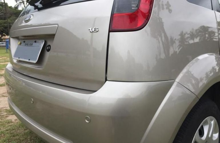 Ford Fiesta Class 1.6 MPI 8V Flex - Foto #3