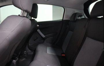 Peugeot 208 1.5 8V Active (Flex) - Foto #10