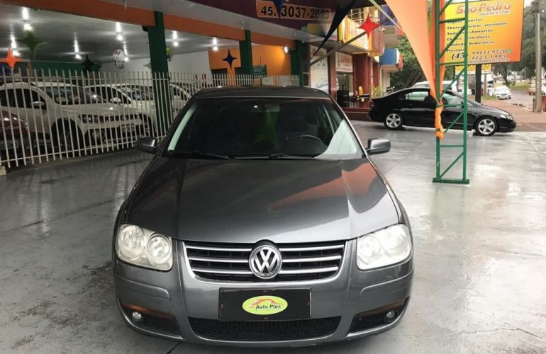 Volkswagen Bora 2.0 MI - Foto #8