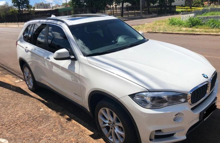 BMW X5 3.0 xDrive30d - Foto #1