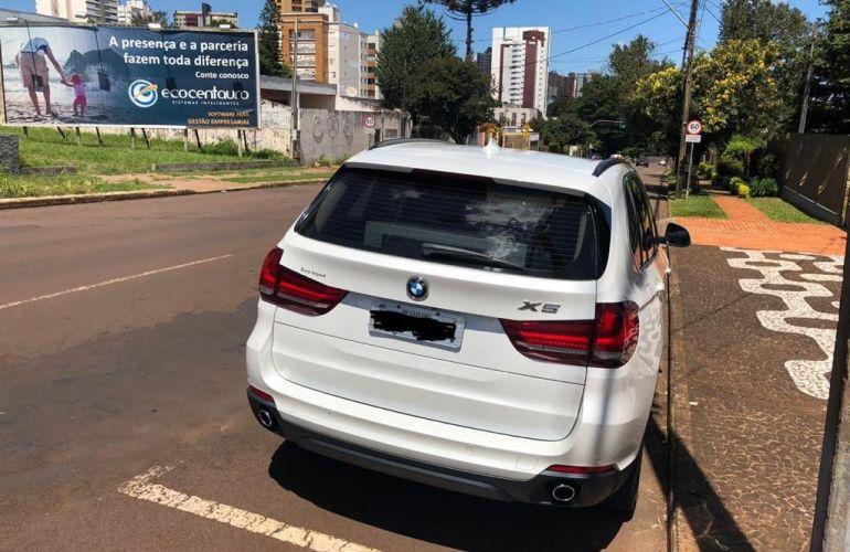 BMW X5 3.0 xDrive30d - Foto #2