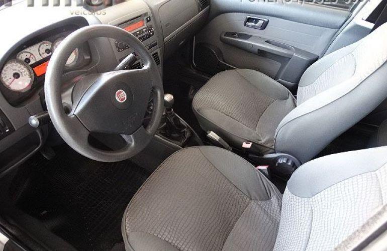Fiat Palio Adventure Locker 1.8 MPI 16V Flex - Foto #10