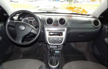 Volkswagen Voyage Trend 1.6 Mi 8V Total Flex - Foto #3