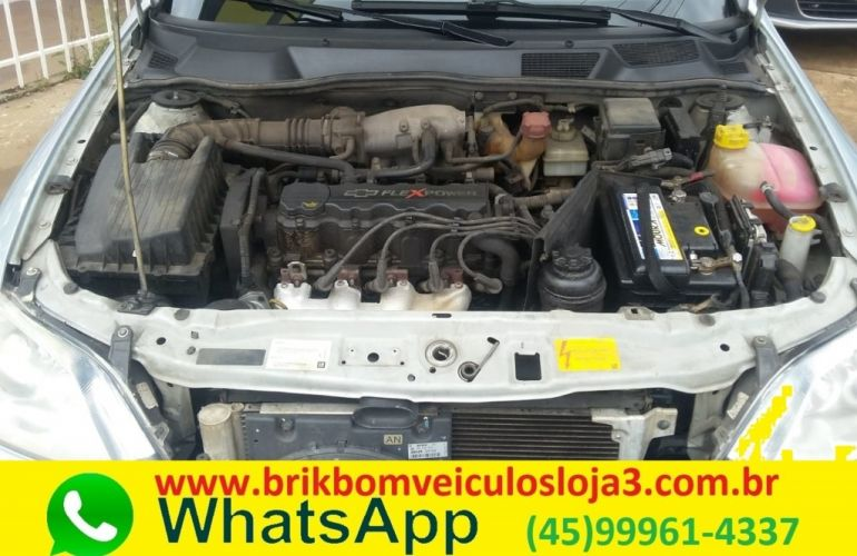Chevrolet Astra Hatch Elegance 2.0 (Flex) - Foto #5