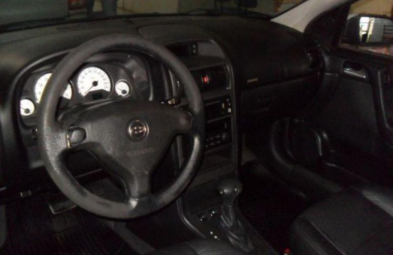 Chevrolet Astra Sedan Advantage 2.0 Mpfi 8V Flexpower - Foto #4