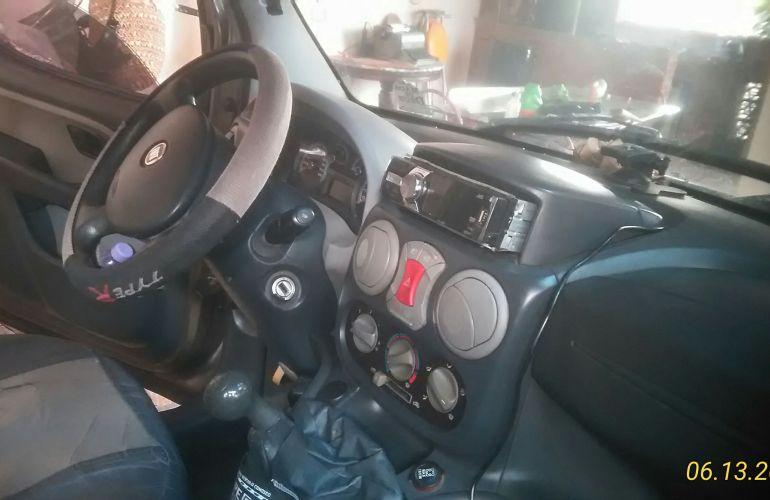 Fiat Doblò Adventure 1.8 8V (Flex) - Foto #6