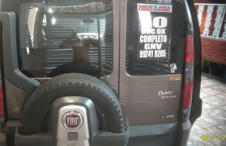 Fiat Doblò Adventure 1.8 8V (Flex) - Foto #7