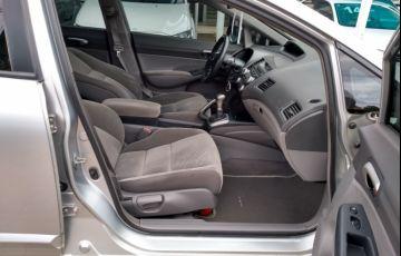Honda New Civic LXS 1.8 (Flex) - Foto #8