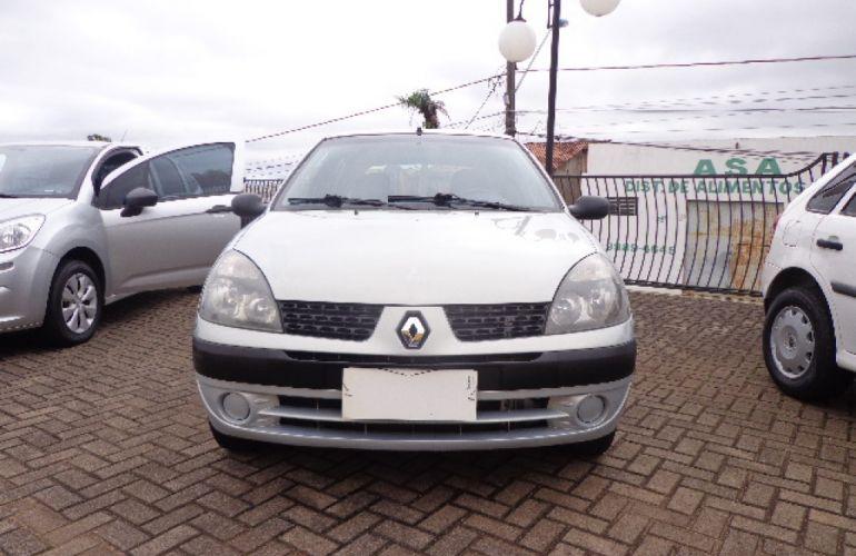 Renault Clio Authentique 1.0 16V (Flex) 4p - Foto #1