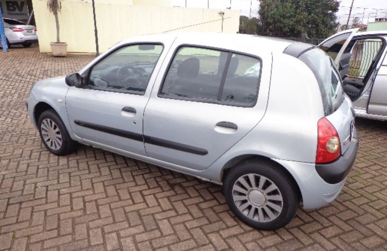 Renault Clio Authentique 1.0 16V (Flex) 4p - Foto #7