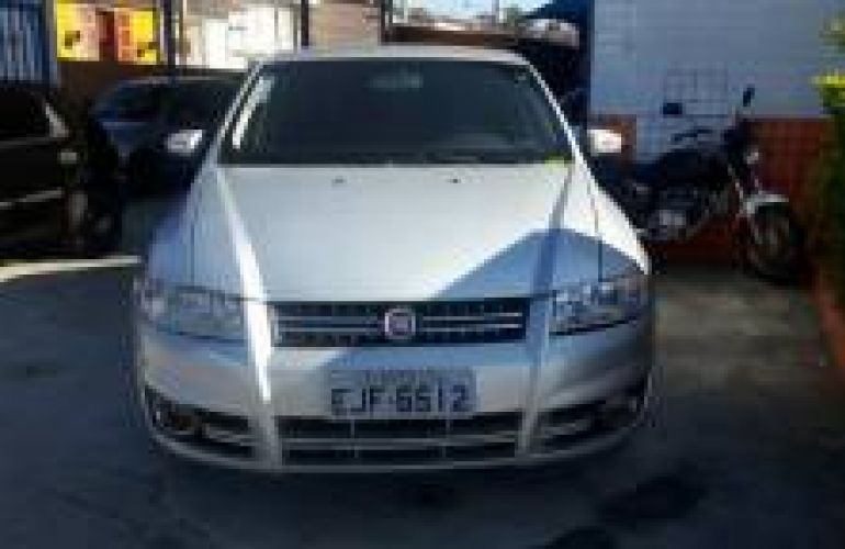 Fiat Stilo Sporting 1.8 8V Dualogic (Flex) - Foto #1