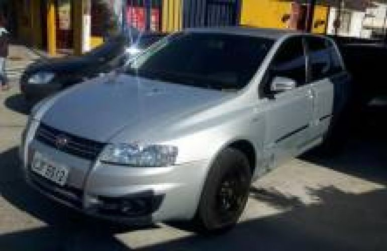 Fiat Stilo Sporting 1.8 8V Dualogic (Flex) - Foto #2