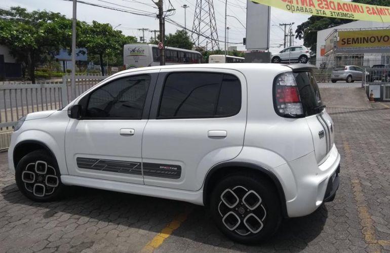 Fiat Uno Sporting 1.4 8V Dualogic (Flex) - Foto #3