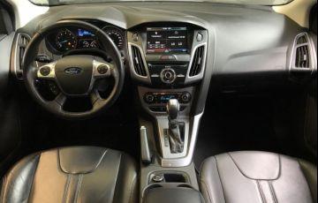 Ford Focus Sedan Titanium 2.0 PowerShift - Foto #8