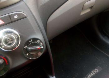 Hyundai HB20S 1.6 Comfort Plus (Aut) - Foto #10