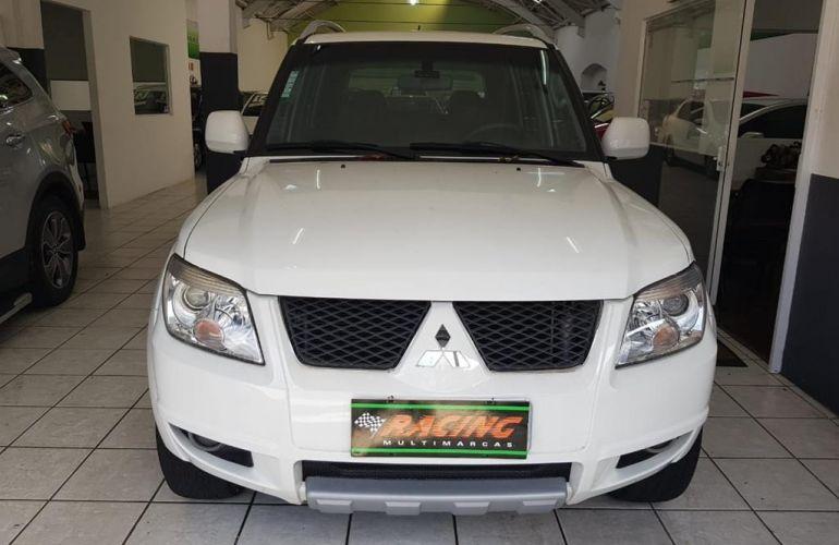 Kia Bongo 2.5 DLX 4X2 c simples RD com carrocaria - Foto #1