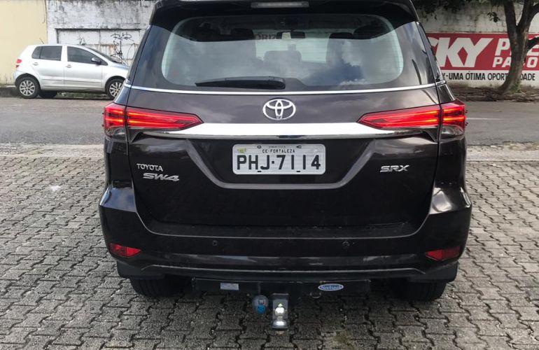 Toyota SW4 2.8 TDI SRX 7L 4x4 (Aut) - Foto #7